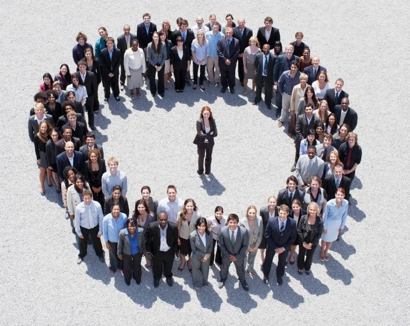 Businesspeople-in-circle