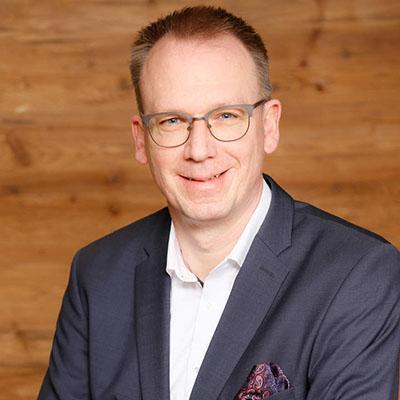 Dr. Andreas Becks