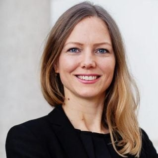 Simone Angar