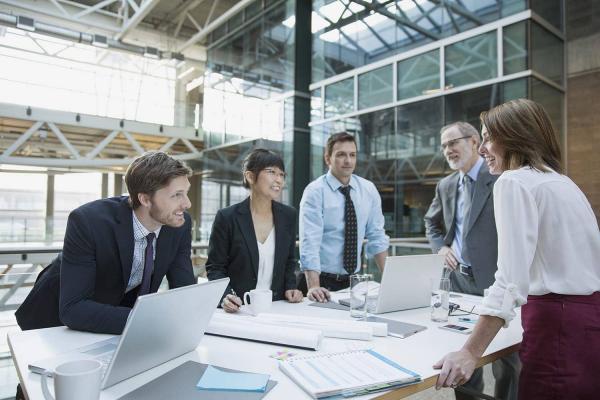 Konferenzankündigung zu Analytics & AI Software-Lösungen für Unternehmen