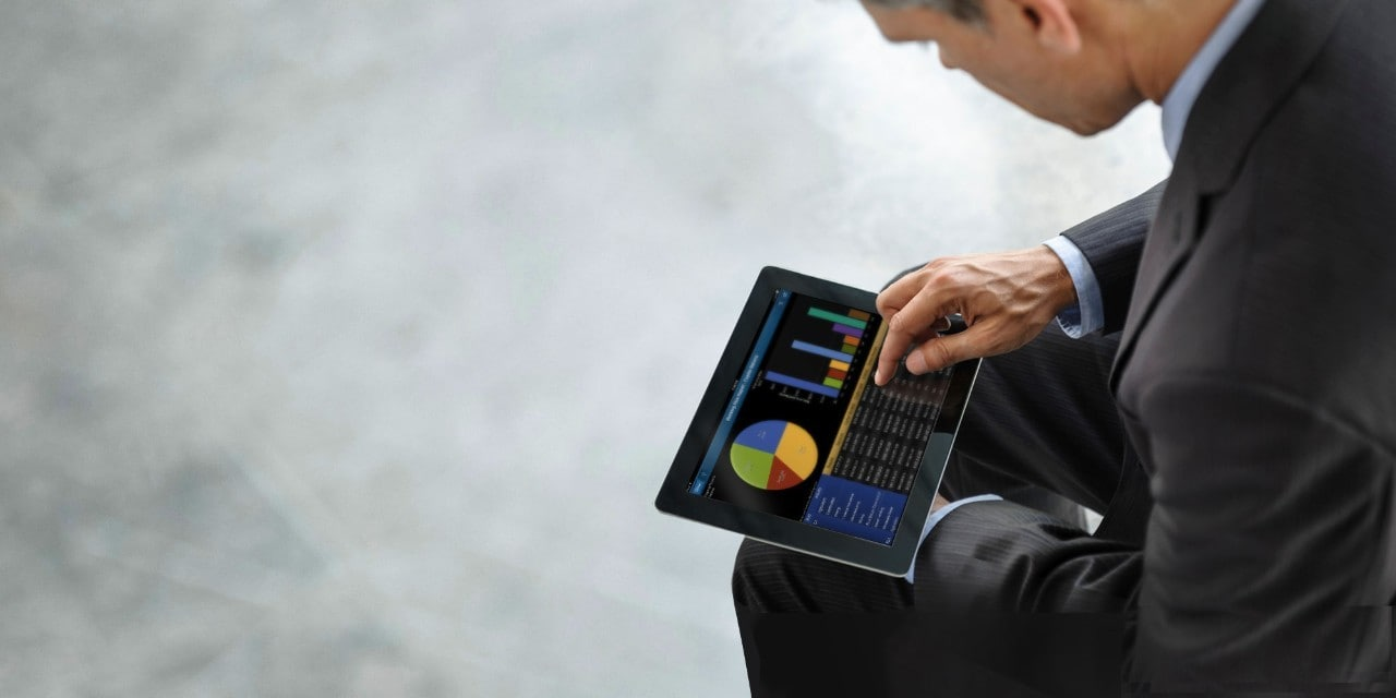 SAS Visual Analytics Man Tablet