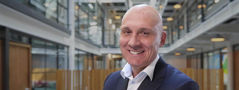 Tony Mooney right sided header for SAS Introduces