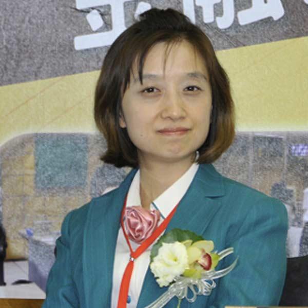 Winnie Liu