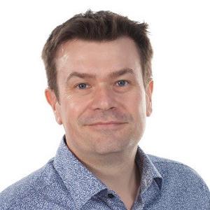 Simon Arnold, Senior Principal – Education, SAS