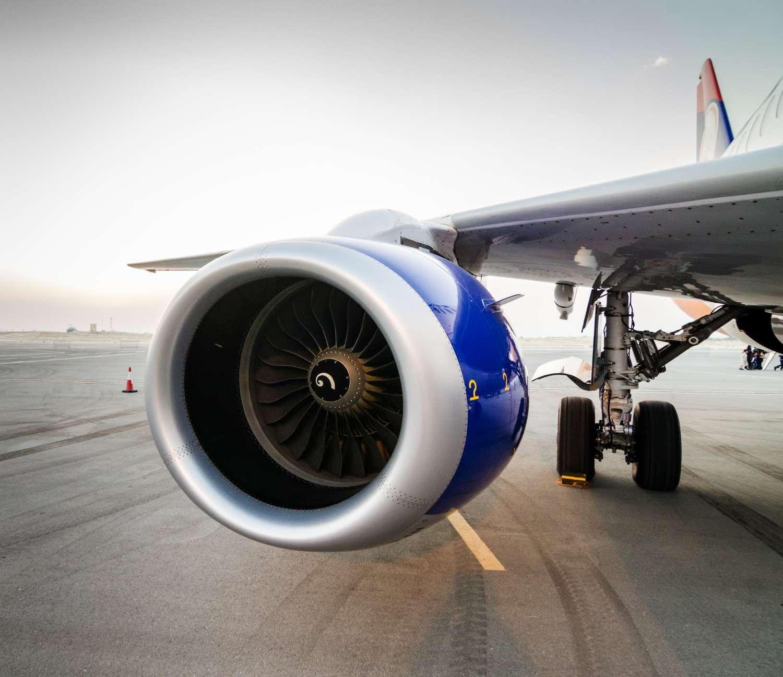 Airplane Turbine Engine Single Wing