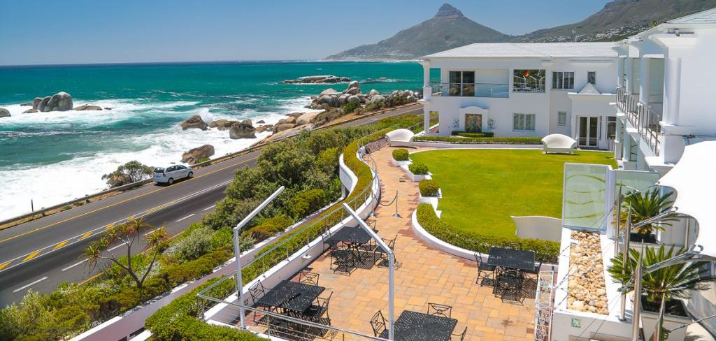 Panorama view of 12 apostoles Cape Town hotel