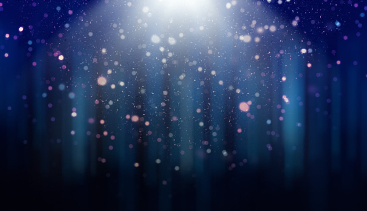 Defocused lights, dust particles and light rays over
