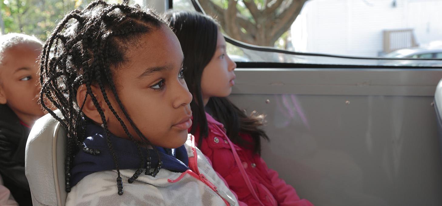 girls-on-school-bus