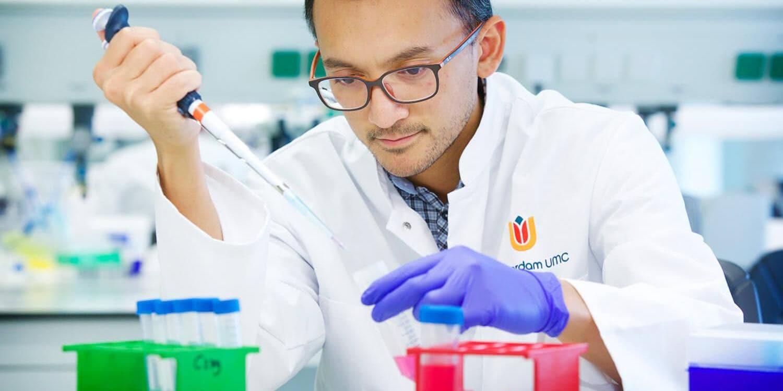 Amsterdam UMC lab technician