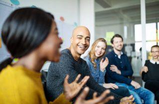 Les femmes et les hommes au cœur des projets : l'accompagnement expert et la formation pour réussir son projet