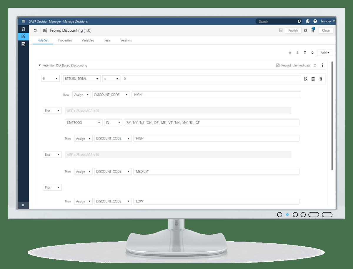 데스크톱 모니터에 표시된 SAS Decision Manager의 규칙 테스트 편집기