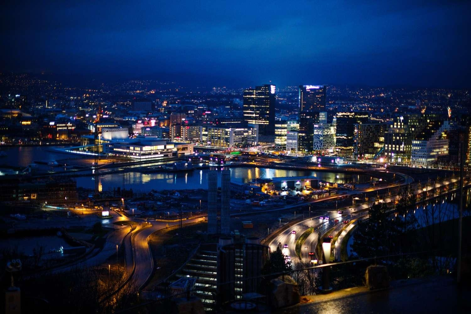 oslo at night