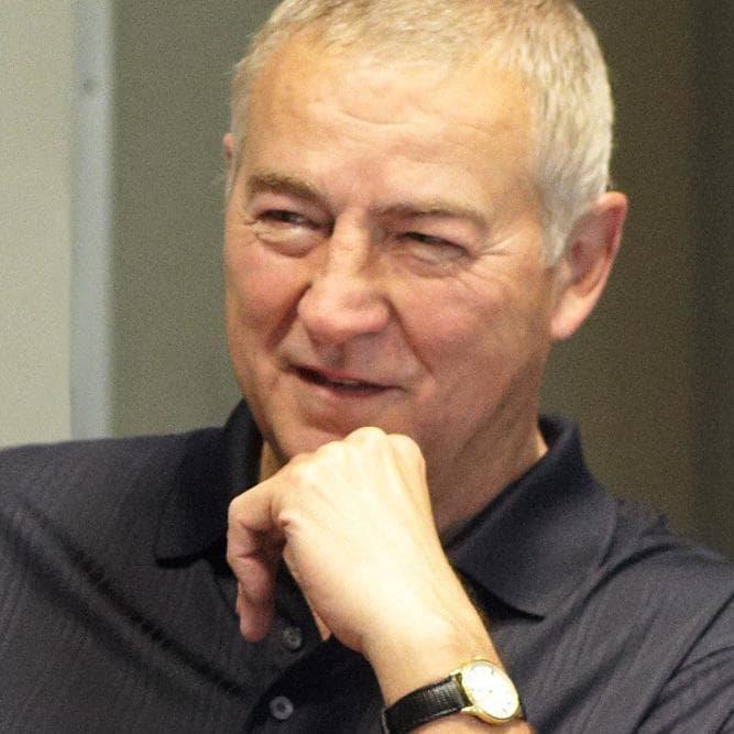 Jim Goodnight, CEO, SAS in meeting