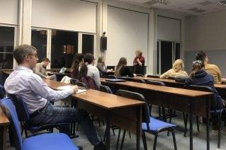 Бизнес-коуч Яна Лейкина по приглашению SAS провела лекцию на тему построения коммуникаций на ФКН ВШЭ