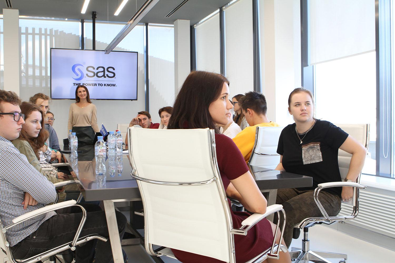 Students listening presentation