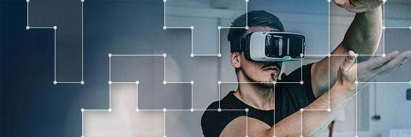 Man trying VR Glasses