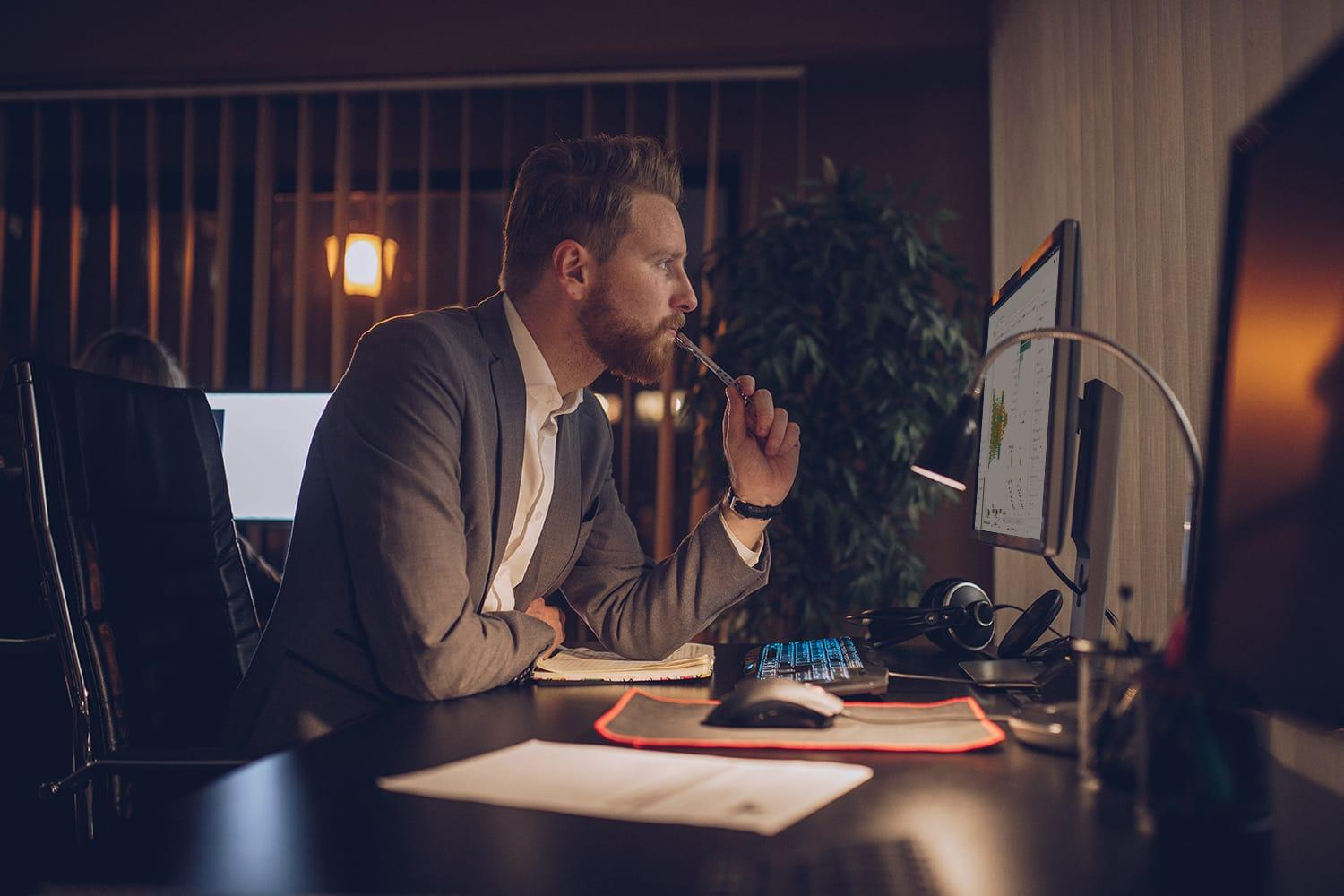 Young businessman working late in the office