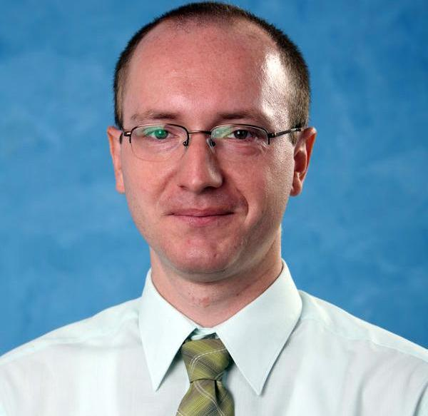 Róbert Macho, Senior Analytical Consultant