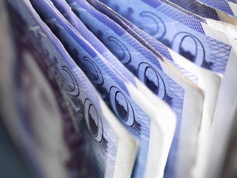 paper-money-stack